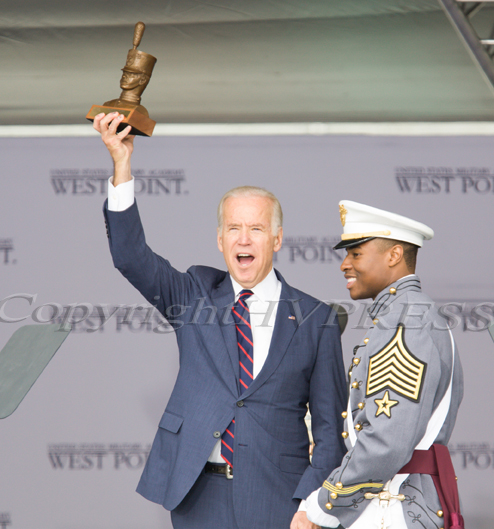 "Class President, Cadet Eugene ""EJ"" Coleman, III of Alexandria, Va. presents Vice President Joe Biden with a cadet bust on behalf of the Class of 2016. Hudson Valley Press/CHUCK STEWART, JR."