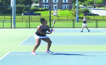 The Mount Saint Mary College Women's Tennis team cruised to its second straight win on Sunday, blanking the College of New Rochelle by a score of 9-0. Four Knights picked up their first singles win of the season, including freshman Elizabeth Brennan who posted her first career win.