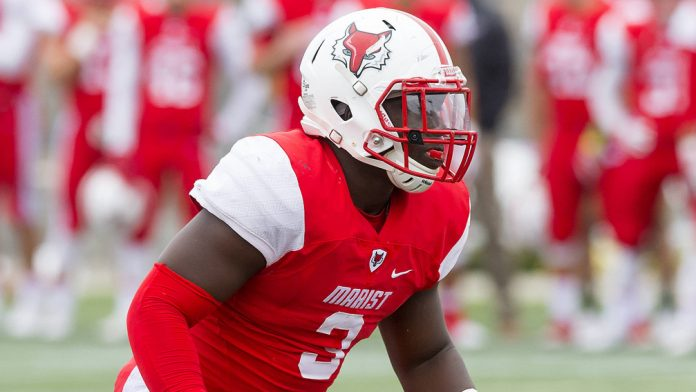 The Marist football team fell in its Pioneer Football League opener at Stetson by a score of 19-14.Stetson drove inside the Marist 10 on the game's opening drive, but an interception by red-shirt senior linebacker Willie Barrett ended the drive.
