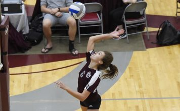 On Saturday afternoon, the Vassar College women's volleyball team (7-4) rallied from two sets down to notch a 19-25, 23-25, 25-23, 25-18, 15-13 victory over host Hunter (7-2)