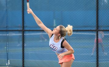 The State University of New York at New Paltz tennis team collected its fourth-straight 9-0 sweep Sunday to finish the regular season a perfect 7-0 with its victory over The College at Brockport.