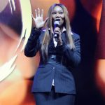 """Grammy Award Winner Yolanda Adams' performance inspired peace at the """"Peace Starts with Me"""" event, as thousands of people of all races and denominations came out to the Nassau Veteran's Memorial Coliseum on Monday, November 12th."""