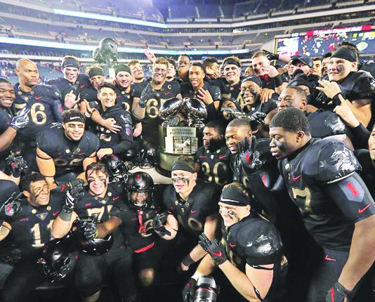 The Army West Point football team has turned the tides on rival Navy by defeating the Mids for the third-straight season following a 17-10 victory on Saturday. Photo: Danny Wild-USA TODAY Sports