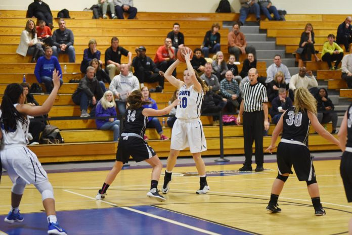 MSMC Blue Knight Elizabeth Limonta finished the night with a double-double.