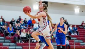 The Vassar women's basketball team rebounded from a tough loss on Friday night to take an 80-75 decision over William Smith on Saturday afternoon.