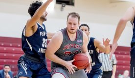 Paul Grinde paced the Brewers with 14 points. Photo: Carlisle Stockton