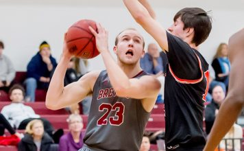 Lance Tebay finished with 13 points and six boards as the Vassar College men's basketball team dropped a 66-54 decision to RPI.