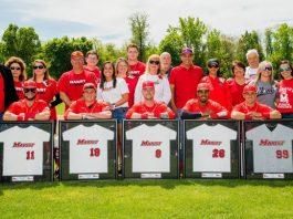 Marist baseball split the doubleheader against Siena to finish the regular season. Several seniors were also honored.