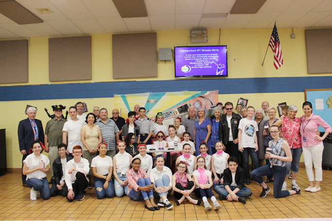 The Washingtonville Middle School Junior Community Service Club, local veterans, staff, and administrators at the 50's inspired Veterans Appreciation Dinner on June 7.