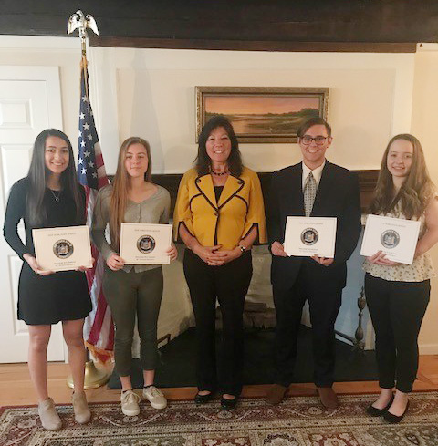 Senator Sue Serino (R, C, I—Hyde Park) recently commended an impressive group of local high school students for their academic achievements and their commitment to community leadership.