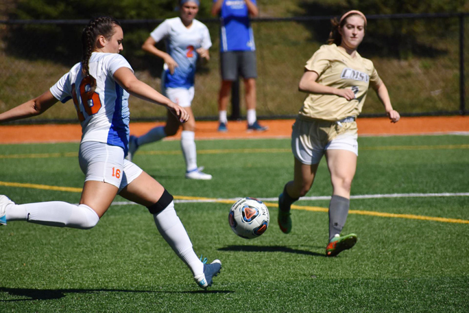 The State University of New York at New Paltz women's soccer team picked up its third win of the season Saturday in a 4-1 victory over Mount Saint Vincent.
