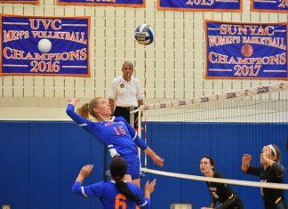 Senior middle hitter Kerri Neville led SUNY New Paltz with eight points Saturday at Kenyon Hall.