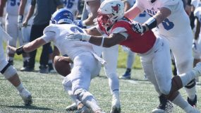 The Marist football team dropped a Pioneer Football League game to Drake by a score of 41-17 on Saturday before 3,918 fans at Tenney Stadium on Family Weekend.
