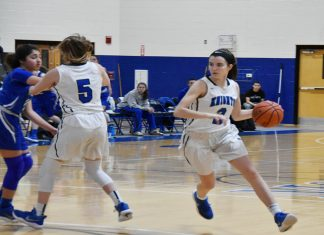 The MSMC Women's Basketball team had its five game win streak snapped on Saturday as the Knights dropped a 72-60 contest on the road against the College of Staten Island. Junior Morina Bojka led the Mount with a game-high 22 points.