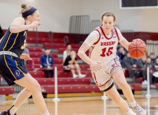 Vassar's Emily Tincher added six points and a pair of blocks to lead all players.
