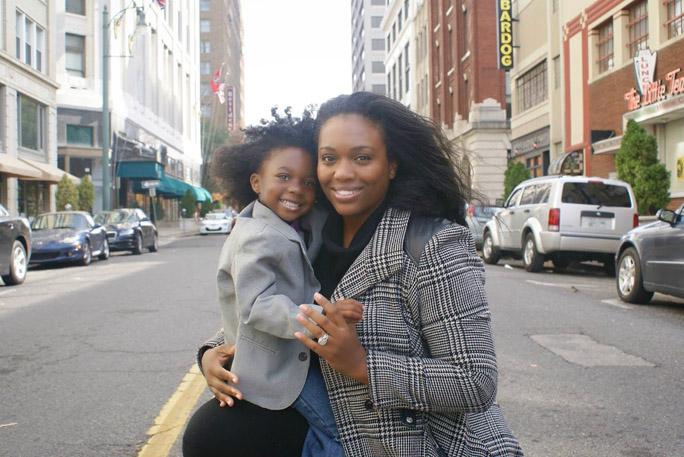 London Rose Sellars and mom Makaela.