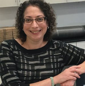 Robyn Slotnick, Project Manager, Avon Products Inc. accepted the Mildred Warren Good-Neighbor Award. Slotnick has worked for Avon for nine years in both its North America division and the Global Innovation Center located in Suffern, NY.