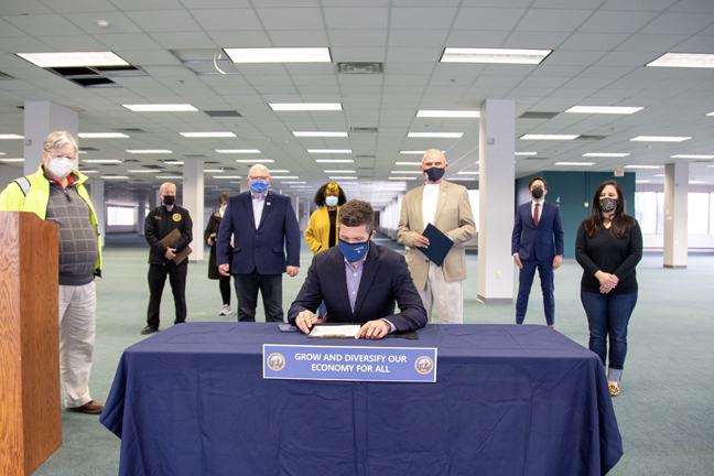 Ulster County Executive Pat Ryan signed Resolution No. 112 which will allow for the transfer of the former IBM site, Enterprise West, to the Ulster County Economic Development Alliance.