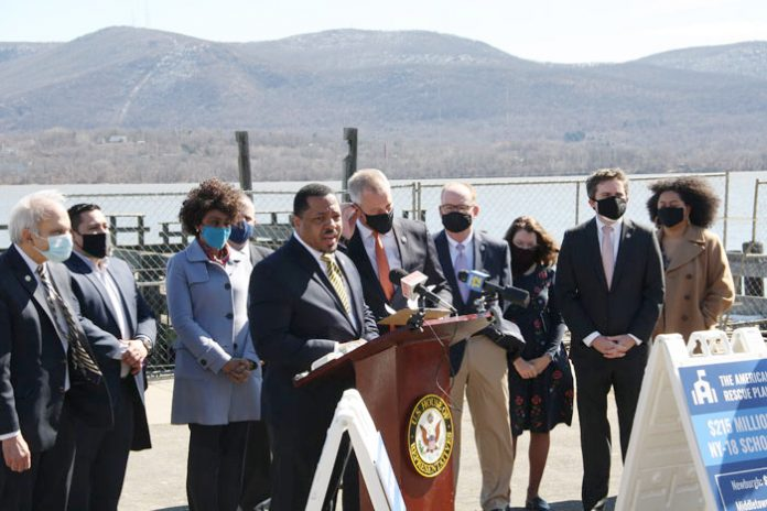 Newburgh Mayor Torrance Harvey (center left) stands along side Congressman Sean Patrick Maloney [center right] (D, NY-18), and was surrounded by local government officials Friday at the Newburgh waterfront to celebrate the passing of the American Rescue Plan Act, finalized on Thursday.