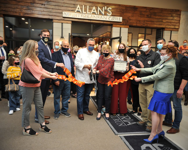 Monday evening, the Orange County Chamber of Commerce joined Allan and Tatyana Abbad, owners of Allan's Mediterranean Bar & Grill in celebration of their new Middletown location within The Galleria at Crystal Run. Jeremy Landolfa, Visual Concepts Photography