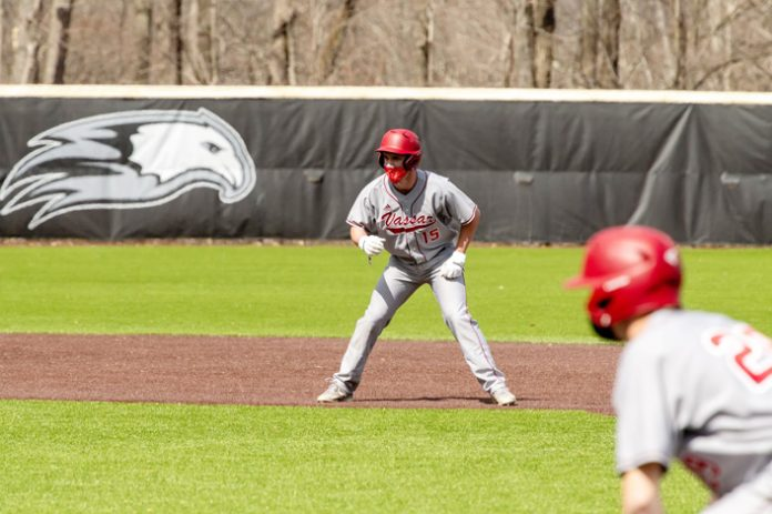 The Vassar baseball team (1-5, 0-2 Liberty) dropped both games in Saturday's doubleheader against Liberty League opponent Ithaca.