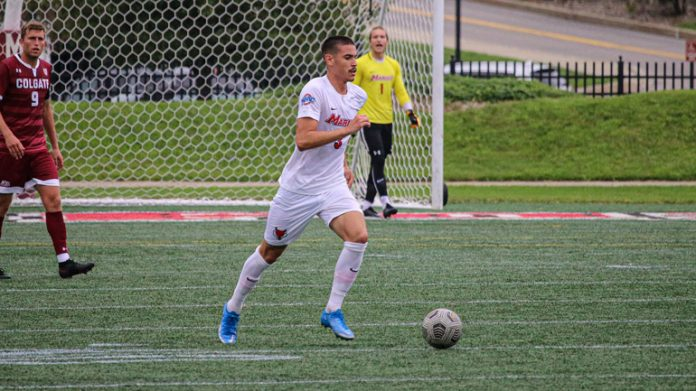 Marist Junior midfielder Henrique Cruz notched his first goal as a Red Fox, but Marist grinded out a gritty, 1-1 draw against Bryant on Saturday evening at Tenney Stadium.