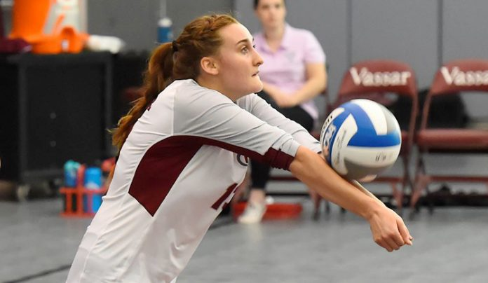 The Brewers fired off six of the next seven points, aided by two kills and a service ace from senior Jamie Kesten to slide into an 18-17 advantage.